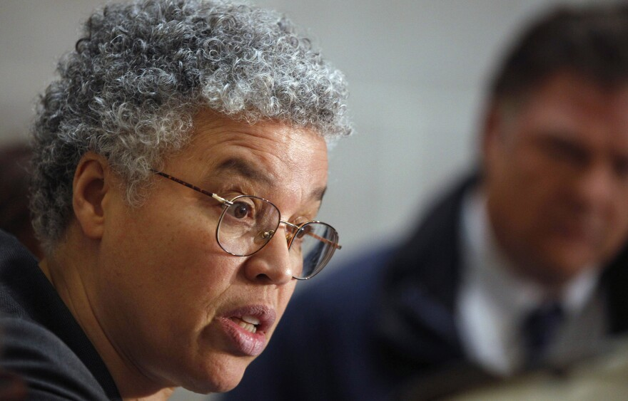 Frustration with Chicago Mayor Rahm Emanuel has fueled speculation about a challenge from Cook County Board President Toni Preckwinkle.
