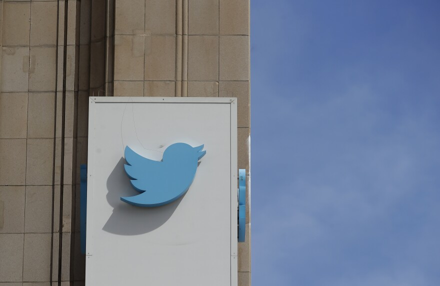 A federal judge has ordered Twitter to reveal account information related to an anonymous user who allegedly peddled a fake FBI report pertaining to the death of Democratic National Committee aide Seth Rich.
