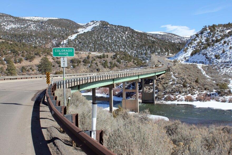 colorado-river_state-bridge_jbeall05152012.jpg