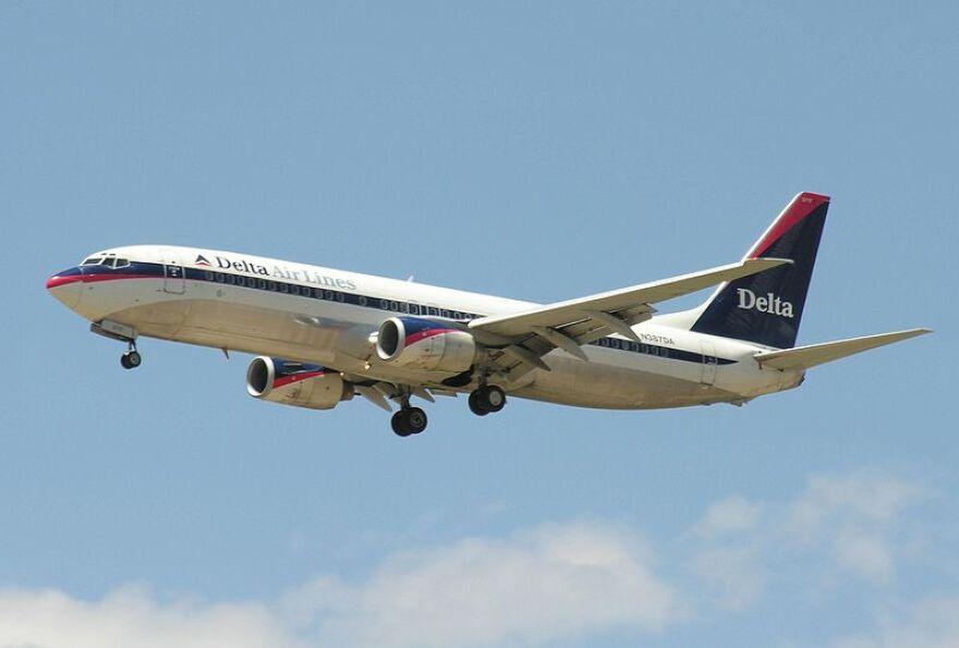 delta_airlines_plane.jpg