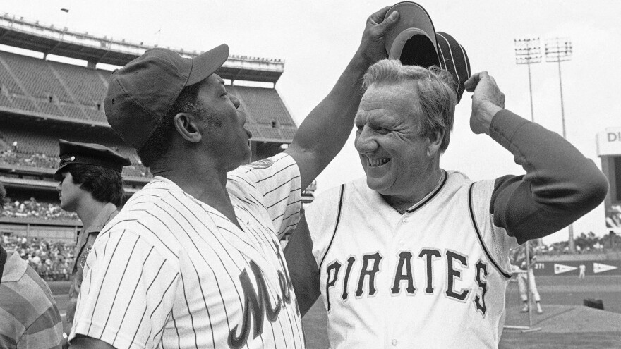 Ralph Kiner, seen here in 1982 with fellow Hall of Famer Willie Mays, has died at 91.
