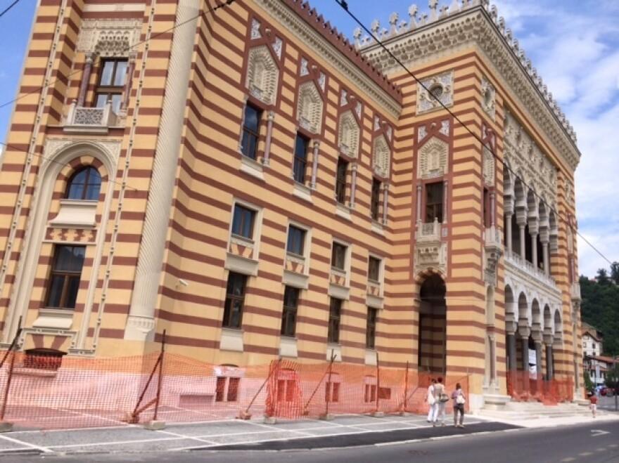 After Cabrinovic's failed assassination attempt, Franz Ferdinand gave a speech at Sarajevo's City Hall.