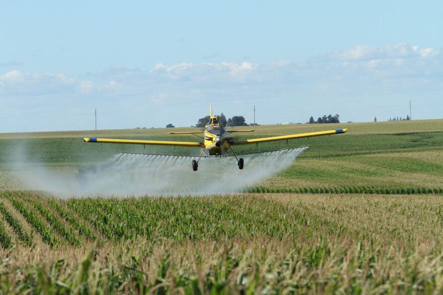meyer_agri-air_spray_plane.jpg