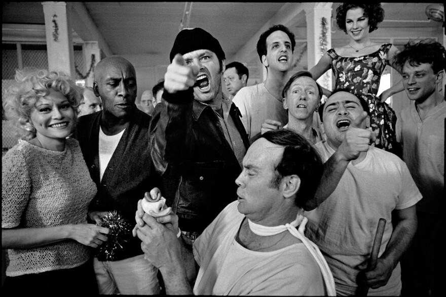 The cast of Miloš Forman's One Flew Over the Cuckoo's Nest on location at Oregon State Hospital. Salem, Oregon, 1975.