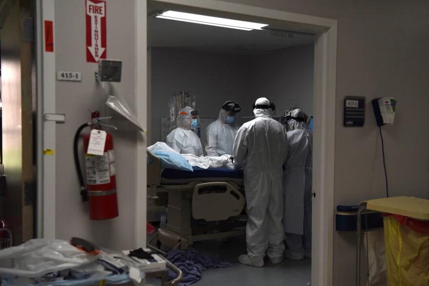 Led by Dr. Joseph Varon, medical workers prepare to intubate a coronavirus disease (COVID-19) patient at the United Memorial Medical Center's coronavirus disease (COVID-19) intensive care unit in Houston, Texas, U.S., June 29, 2020.