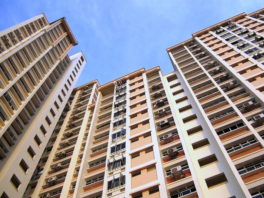 800px-Public_Housing,_Holland,_Singapore_(3292809336).jpg