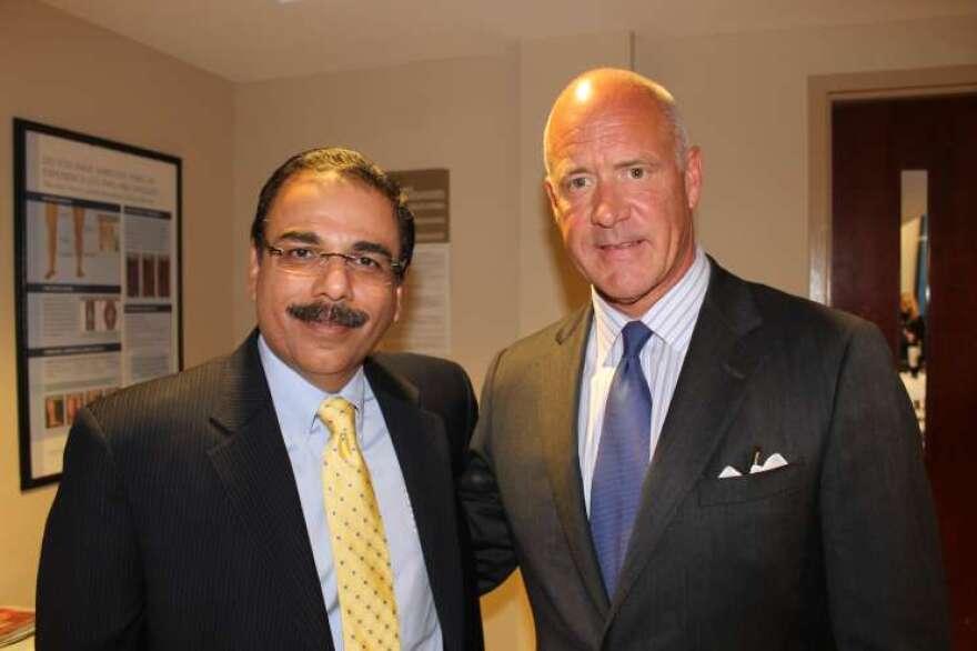 Dr.-Sandeep-Bajaj-and-David-Lewis.jpg