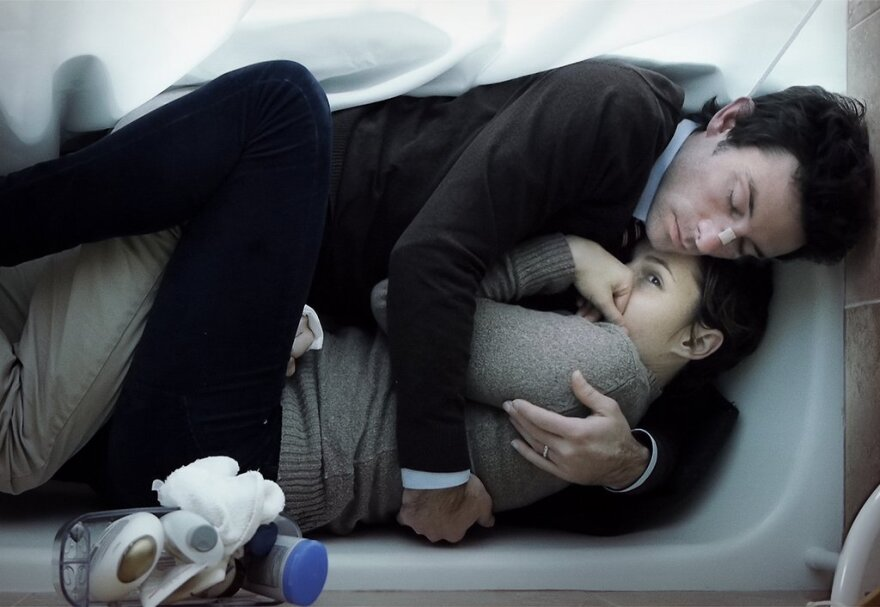 upstreamcolor_bathtub_3000x1491.jpg