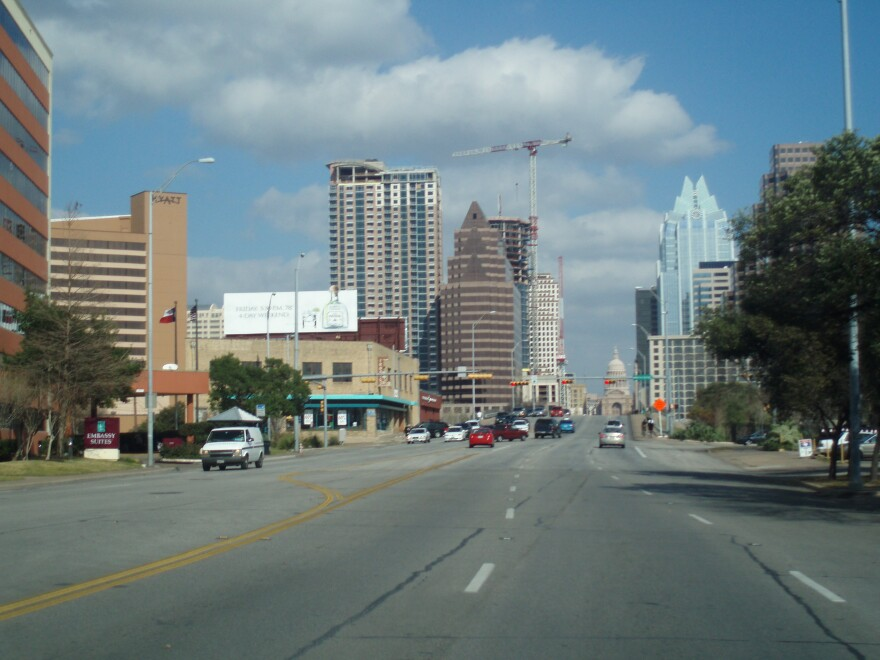 Downtown_Austin_View_From_South_Congress_001.jpg