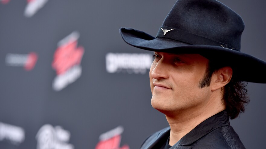 Robert Rodriguez ventures into Hollywood for the premiere of <em>Sin City: A Dame to Kill For</em>.