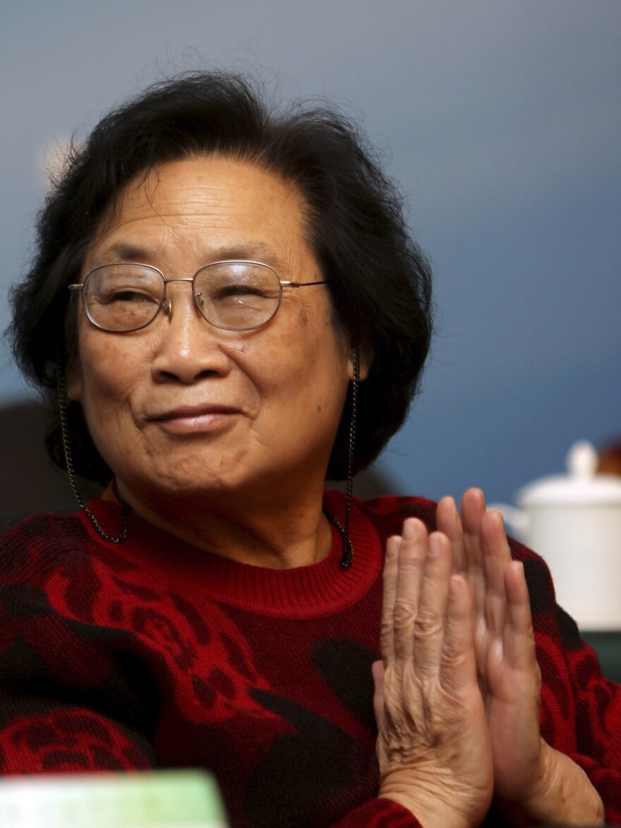 Pharmacologist Youyou Tu was one of hundreds of Chinese researchers developing anti-malarial drugs in the 1970s.