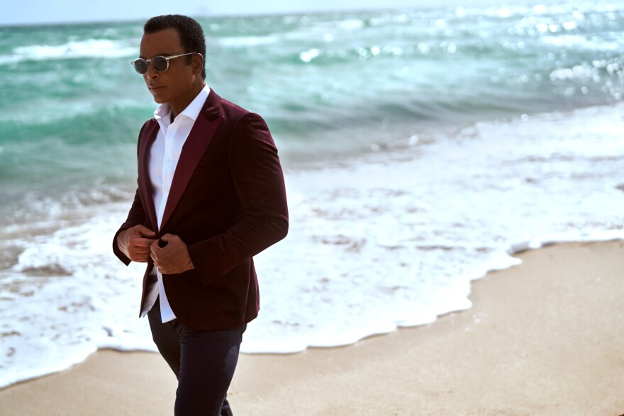Jon Secada high-res photo.jpg