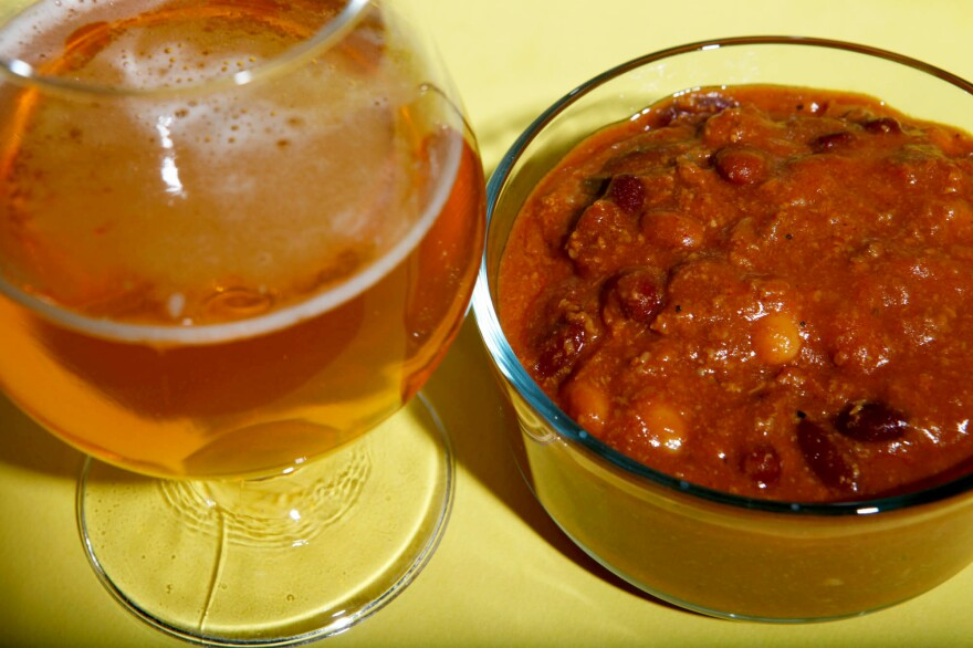 Chili with Deschutes' Chasin' Freshies India Pale Ale Fresh Hop IPA