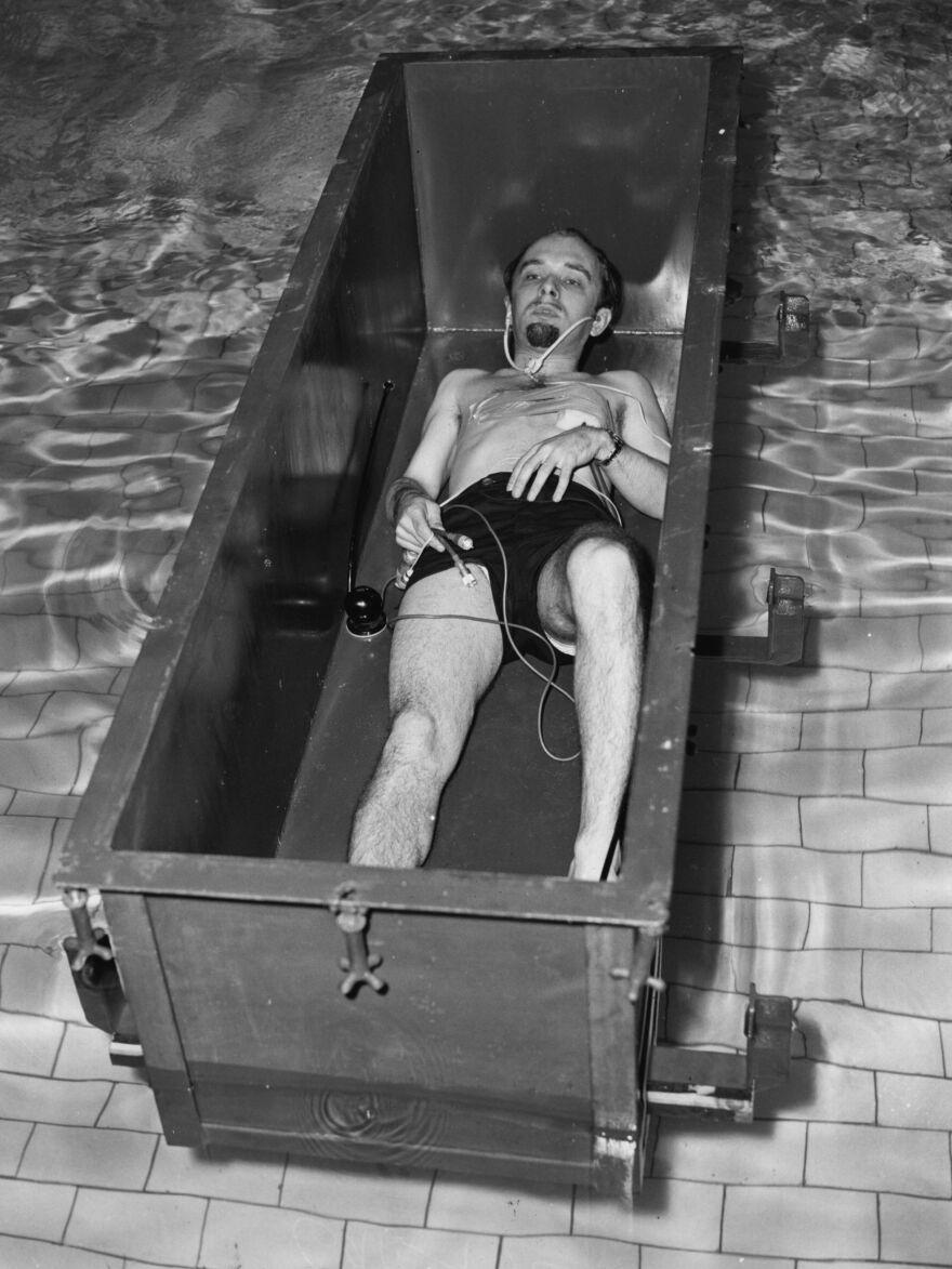 Randi's showmanship as 'The Amazing Randi' was inspired by his hero, Harry Houdini.