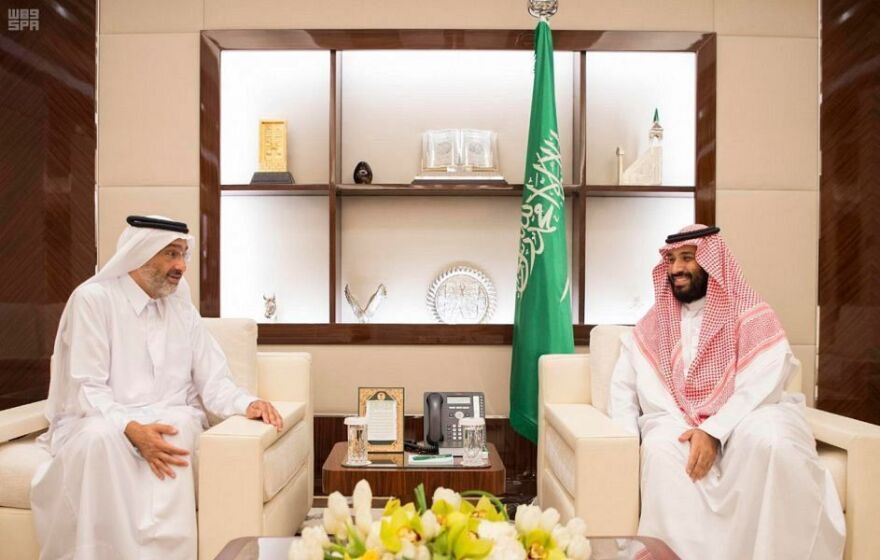 After a meeting between Saudi Crown Prince Mohammed bin Salman (right) and a member of the Qatari royal family, Sheikh Abdullah Al Thani, Saudi Arabia said Thursday that it is reopening its border with Qatar to allow Qataris to attend the hajj.