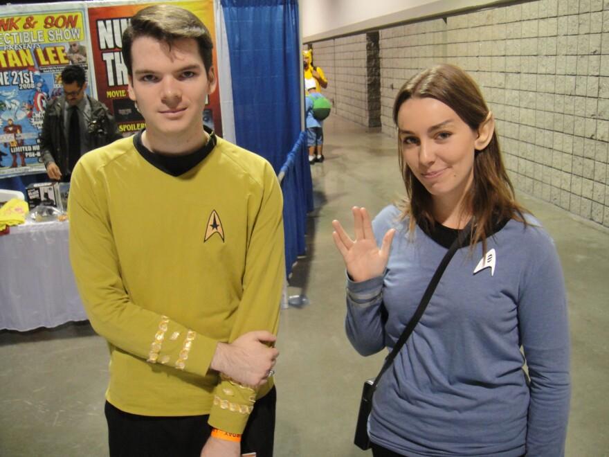 Star_Trek_Federation_Officers_0.jpg