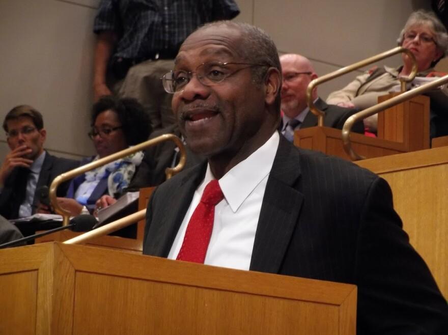 Arthur Griffin addresses Charlotte City Council.