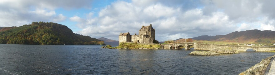 Eliean Donan Castle among the Scotland landscape