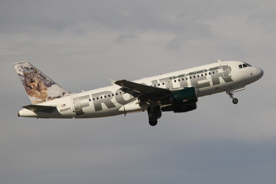 Frontier_Airlines_N929FR_2.jpg