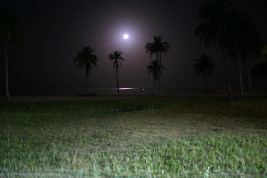 Caribbean moonlight at El Colony Hotel on the Isla de la Juventud