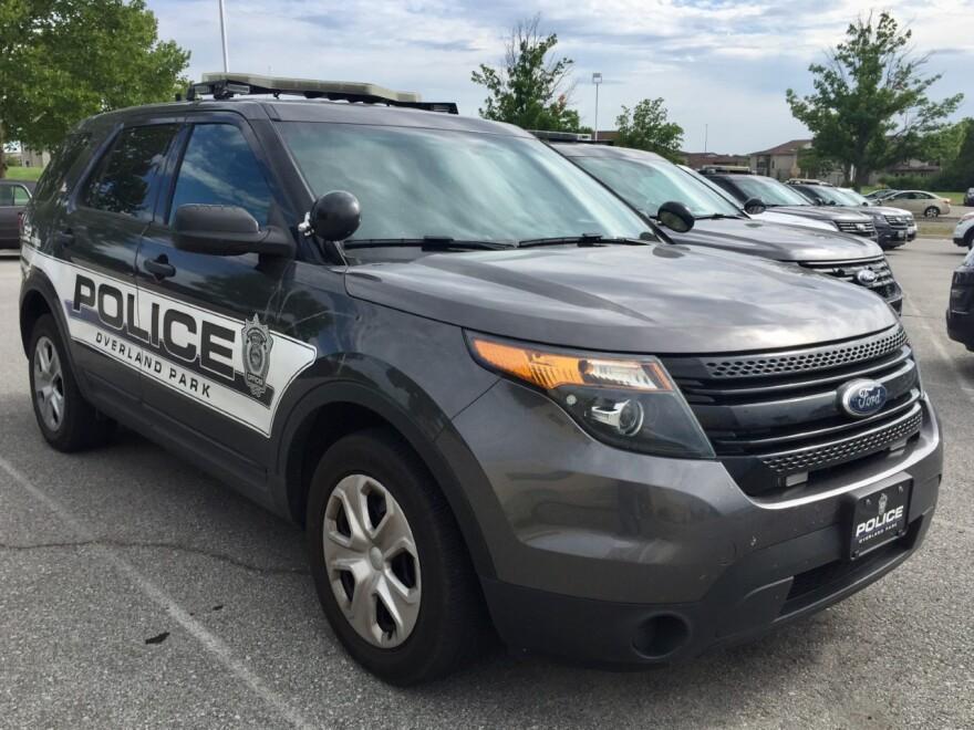 072518_sz_overland_park_police_car.jpg