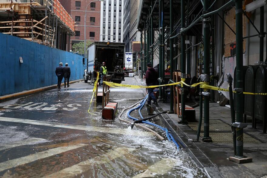 Sandy damage in Manhattan.jpg
