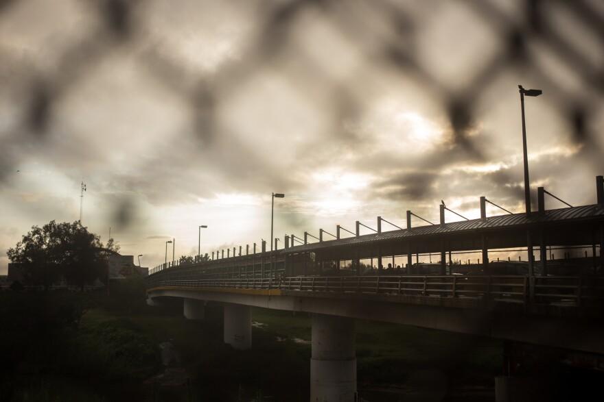 Mexican_border.jpg