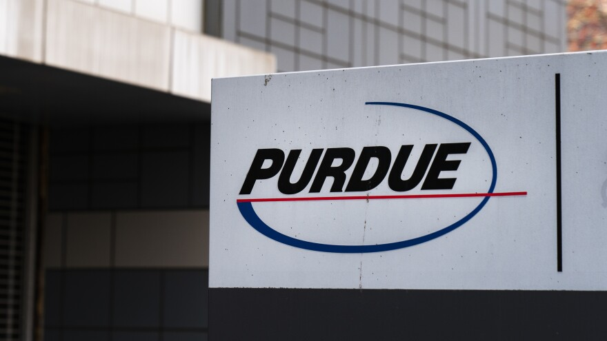 Purdue Pharma and other health care giants are discussing potential deals with authorities that could resolve thousands of lawsuits they are facing over the U.S. opioid epidemic.