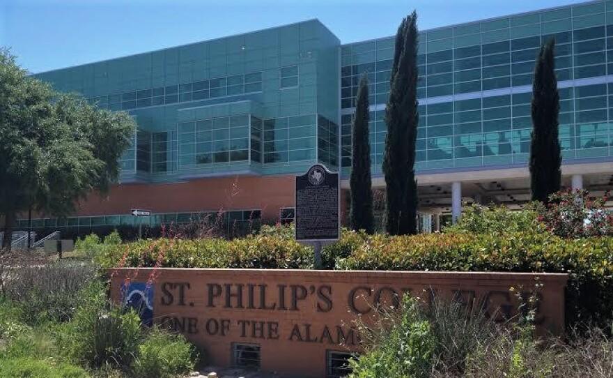 Alamo-St-Philips-College-Joey-Palacios-140416-_0.jpg