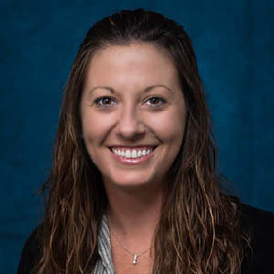 USF St. Petersburg assistant professor Lindsey Rodriguez studies the effect of alcohol on relationships