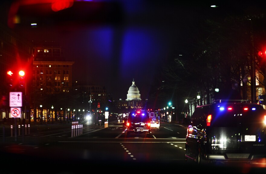 President Obama's motorcade en route to Capitol Hill for his the State of Union speech on January 25, 2011.