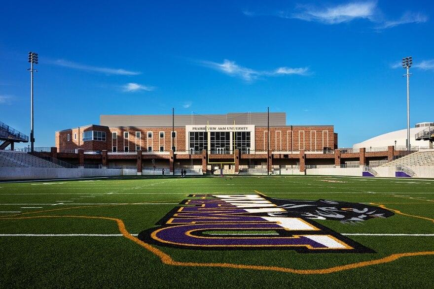 1024px-prairie_view_a_m_university-_panther_stadium.jpg