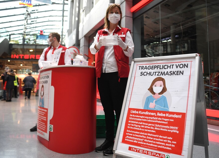The new rule in Austria is that, as of this week, masks are a must when shopping. On April 1, supermarket employees handed out masks to customers as they arrived.