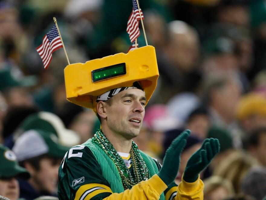 Packers fans do love their team.
