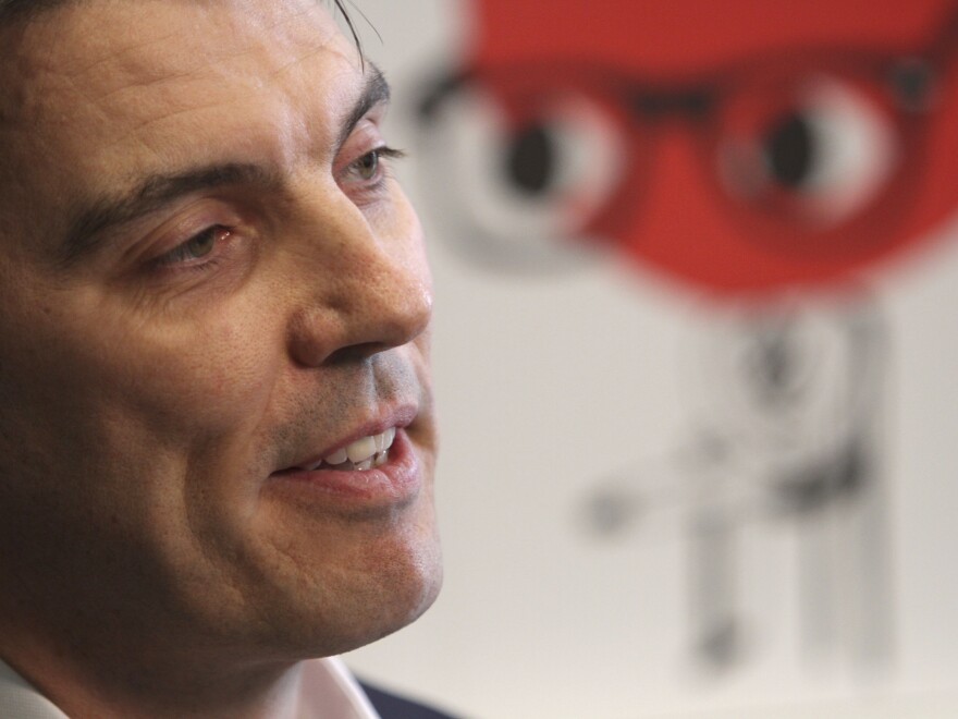AOL CEO Tim Armstrong will take the same position at the head of Verizon's Oath.