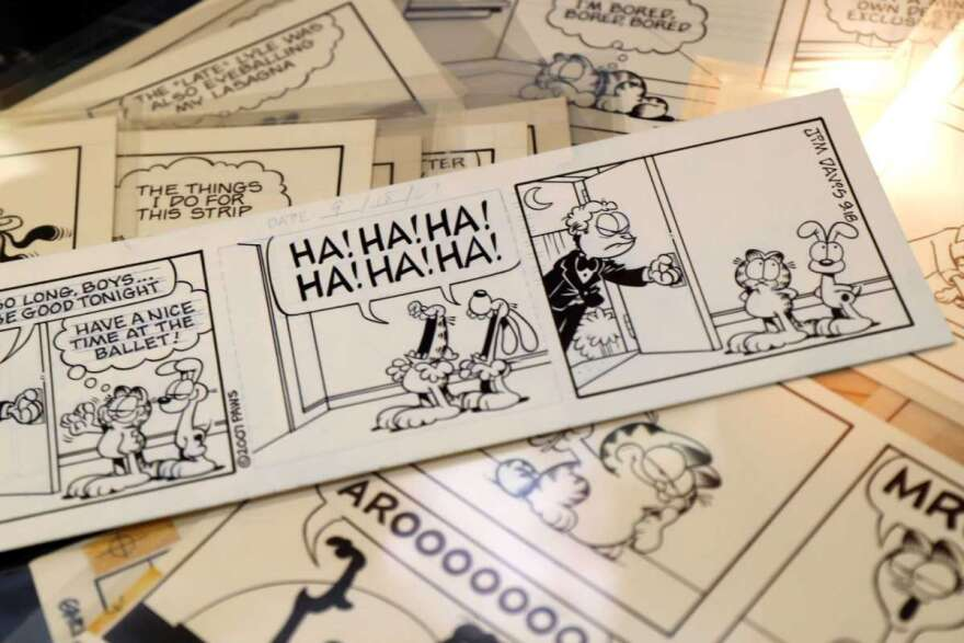 30 Plus Years Of Garfield Comic Strips To Sell At Auction Kera News