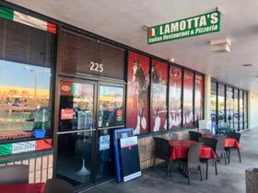 The outside of LaMotta's Italian Restaurant in Fort Myers