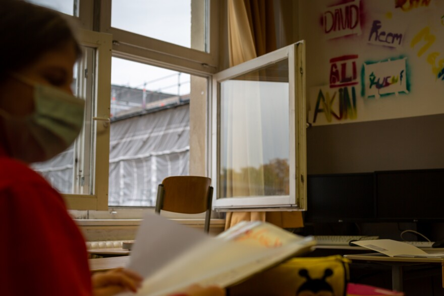 Keeping windows open for improved air circulation, along with students wearing masks and staying in smaller groups, was a big part of Germany's strategy for keeping schools open during the pandemic.