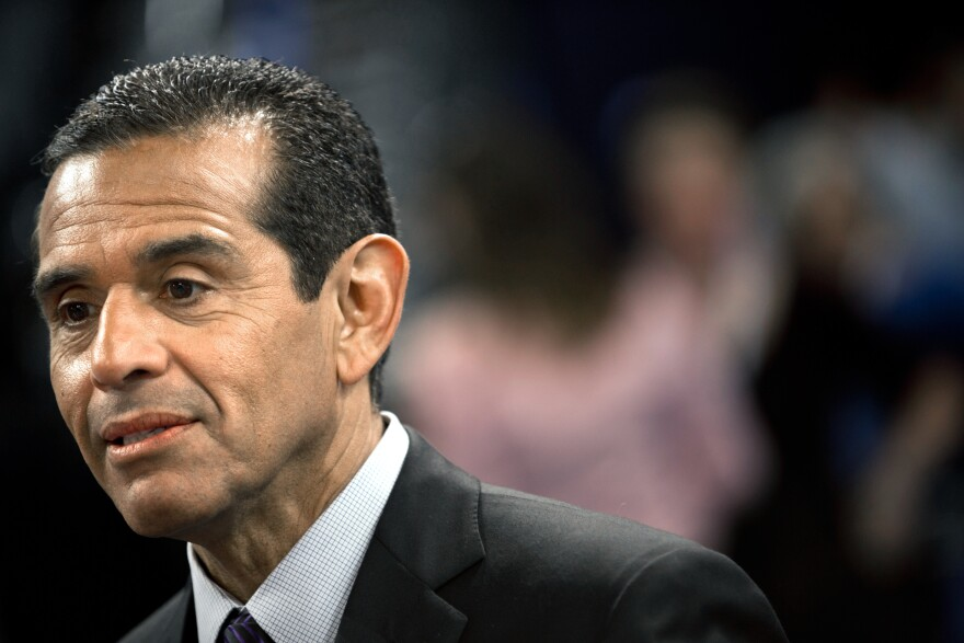 Los Angeles Mayor Antonio Villaraigosa on the floor of the Time Warner Cable Arena on Sunday.