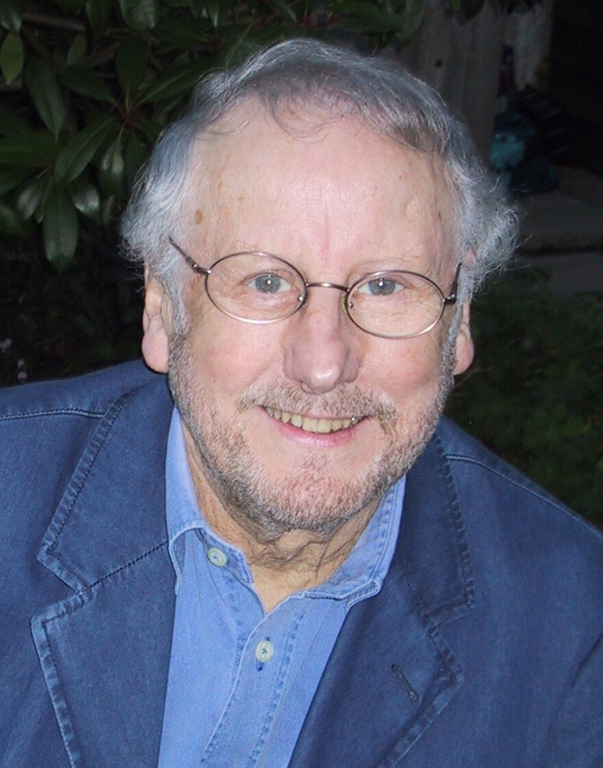 Before his death in 2012, Peter Evans wrote for the <em>Daily Express</em>, the <em>Los Angeles Times</em>, <em>Vogue</em> and many British newspapers. His other books include <em>Peter Sellers </em>and <em>Nemesis.</em>