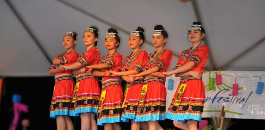 asian_festival_dance2.jpg