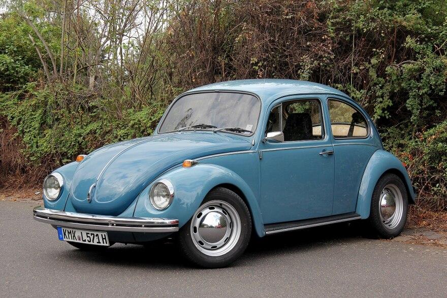 1599px-VW_1302_(2013-09-15_2307_Spu).jpg