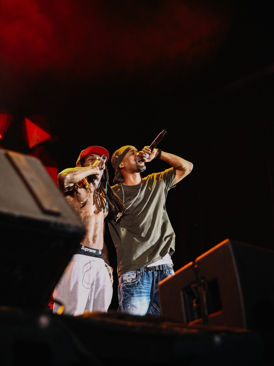 Lil Wayne and Juvenile onstage Friday night.