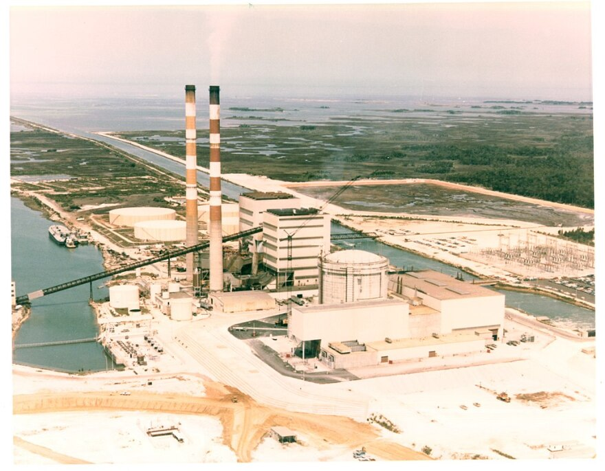 Aerial photograph of Crystal River generating facility