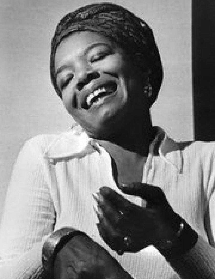 Maya_Angelou_Chester_Higgins,_Jr._1969.jpg