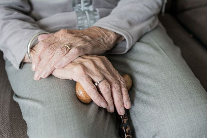 elderly_hands.jpg