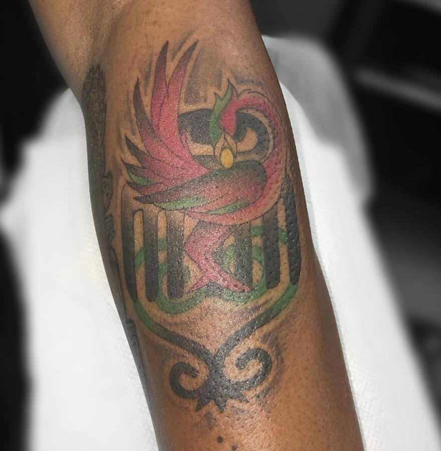 Oshun Afrique's 35th tattoo, moments before getting bandaged.