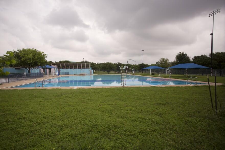 late-pools-dove-springs.jpg