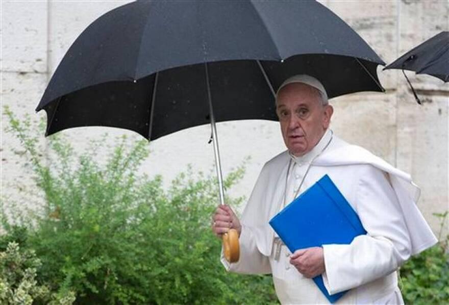 pope_at_synod.jpeg