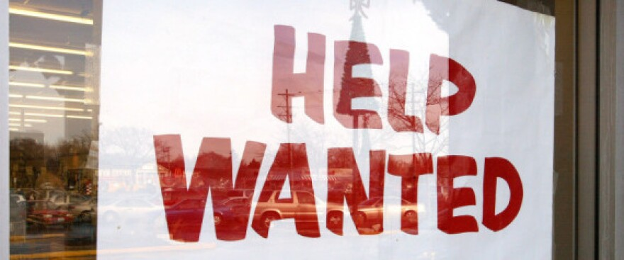 r-HELP-WANTED-SIGN-large570.jpg